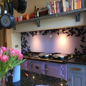 Glass splashback modern floral border
